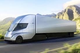 luxury semi trucks cabs here is the 500 mile 80 000 pound all electric tesla semi truck