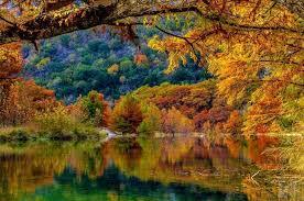 10 beautiful places fall foliage texas