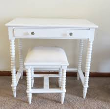 Oak Makeup Vanity Table Furniture Inspiring Small Makeup Vanity Ideas Featuring Glass Top