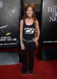 chance halloween horror nights linda blair halloween horror nights opening night celebration 05