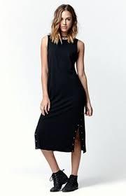image of fashion blogger midi skirt trend we love midi length