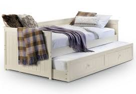 Pull Out Daybed Attractive Pull Out Daybed 850x5831398416950jessicadaybedunderbedm