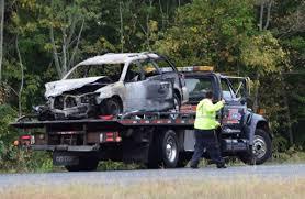 white lexus crash i 195 crash results in 3 fatalities dartmouth ma massachusetts
