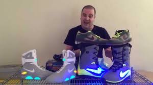 light up snowboard boots shoezeum nike lunarendor snowboarding boots and air mags youtube
