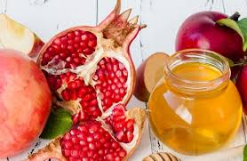 about rosh hashanah how is rosh hashanah celebrated an overview of rosh hashanah s