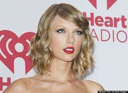 taylor swift lob haircut how the easy fall haircut that works for everyone huffpost