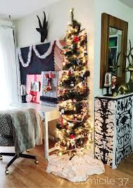 Christmas Decorating Home by Edgy Christmas Decorating Home Tour Via Domicile 37 Seasonal