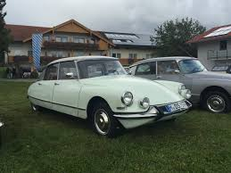 citroen classic ds citroën ds urbane musings