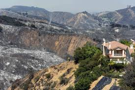 California Wildfire Evacuation Plan by Calabasas Fire Is 80 Contained La Times