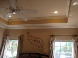 home decoration room with chair rail shadow boxing and crown