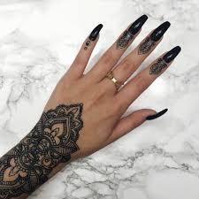 geometric nail design