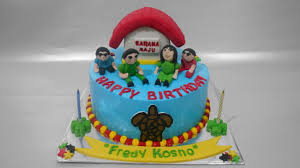 happy birthday jeep cake happy family cake half fondant decorating youtube