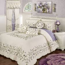 Purple Coverlets Floral Bedspreads Touch Of Class
