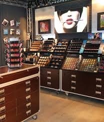 professional makeup station make up for opens on robertson boulevard all the rage los
