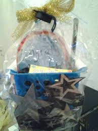 graduations gifts best 25 graduation gift baskets ideas on high school