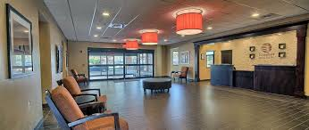 Comfort Inn And Suits Comfort Inn U0026 Suites Hotel Wadsworth Ohio