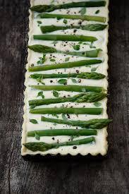 cuisiner asperge verte tarte aux asperges vertes ricotta et parmesan eats