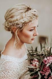 Hochsteckkurzhaarfrisuren Haarband by Die Besten 25 Geflochtenes Haar Ideen Auf Haarzöpfe
