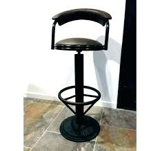 dossier de chaise tabouret de bar industriel avec dossier chaise bar style bar but