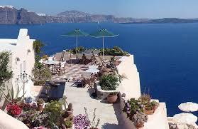 aris caves santorini hotel aris caves oia santorini lets you live like the flintstones