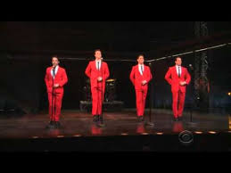 jersey boys performs medley on 2015 thanksgiving day parade
