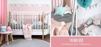 m dchen babyzimmer mädchen babyzimmer mit waldtieren in altrosa mint kaufen
