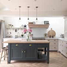 kitchen lighting ideas uk 13 lustrous kitchen lighting ideas to illuminate your home kitchen