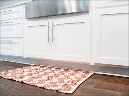 kitchen rug in kitchen with hardwood floor kitchen rug runners
