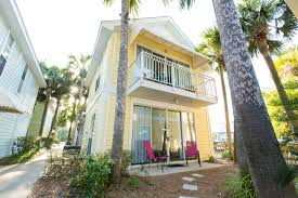 crystal beach retreat destin vacation cottages steps from the beach
