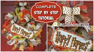 How To Make Wreaths How To Make A Happy Harvest Deco Mesh Wreath With Handpainted Sign