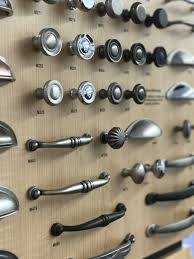 what cabinet hardware finish should you choose