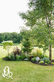Landscaping Ideas For Backyards by Best 25 Corner Landscaping Ideas On Pinterest Corner