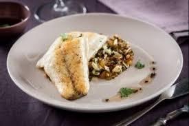 cuisiner aubergine a la poele recette en vidéo cuisinons un plat méditerranéen