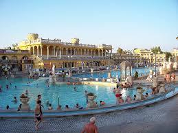 bagno termale e piscina széchenyi bains széchenyi à budapest