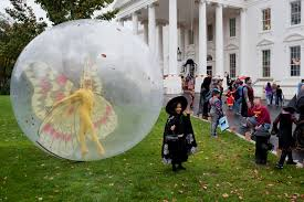 free public domain image children at white house for halloween