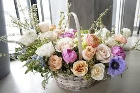 evvie and olive floral vancouver wedding event flower shop
