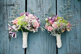 diy bridal bouquet do it yourself barn wedding in vermont using wholesale flowers