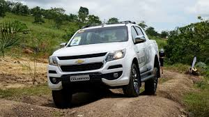 chevrolet trailblazer 2016 2017 chevrolet trailblazer and colorado first ride go anywhere