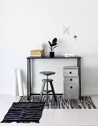 le petit bureau astuces d co pour un petit salon blueberry home of petit bureau