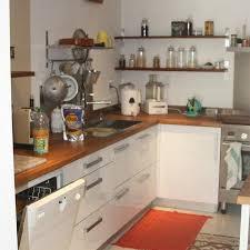 cuisine avec plan de travail en bois biarritz cuisine avec plan de travail en bois massif egurberri