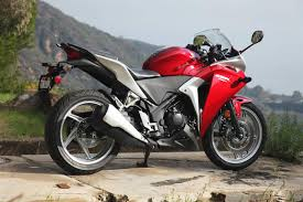 cbr sport bike honda cbr250r cbr 250 250cc price review features