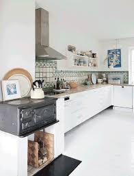 poele a bois pour cuisiner la fabrique à déco meubler sa cuisine comme un chef avec une