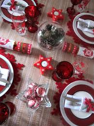 decorating a christmas table archives the treasure hunter