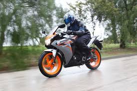 honda cbr 125 r 2011 honda cbr125r moto zombdrive com