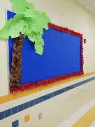 Never Decorate A Palm Tree For Christmas by Best 25 Paper Tree Classroom Ideas On Pinterest Classroom Tree