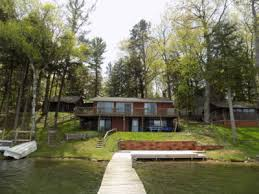 Cottages For Rent In Traverse City Mi by The Oaks Resort At Spider Lake Traverse City
