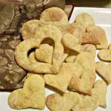 heart shaped crackers dishfolio eat drool