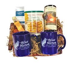 gift basket companies blue heron cheese company gift baskets