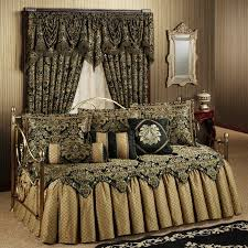 Daybed Bedding Ideas Decorating Beautiful Daybed Comforter Sets Pictures Idea Somvoz