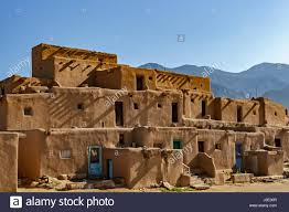 100 adobe pueblo houses adobe buildings at the taos pueblo